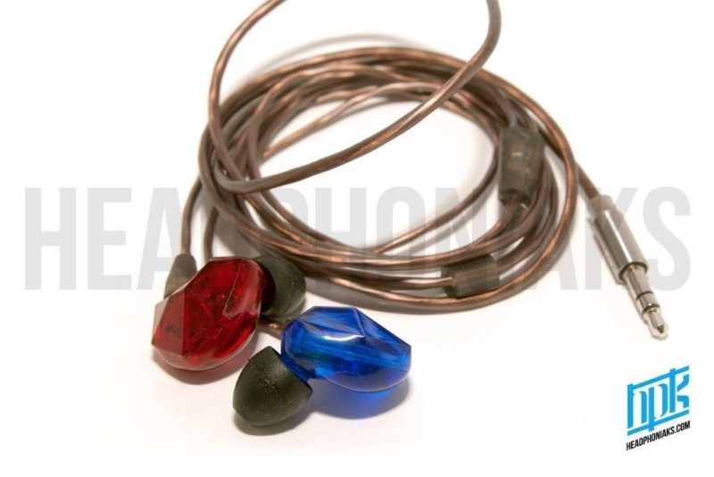 VSonic VSD3S. In-ear dynamic headphones.