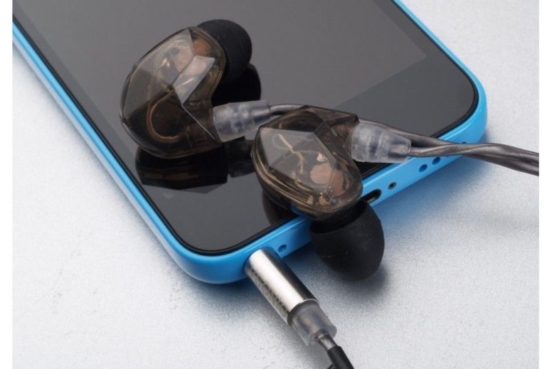 New Vsonic VSD5S. In-ear IEM headphones