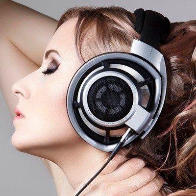 Tipos de auriculares circumaurales abiertos