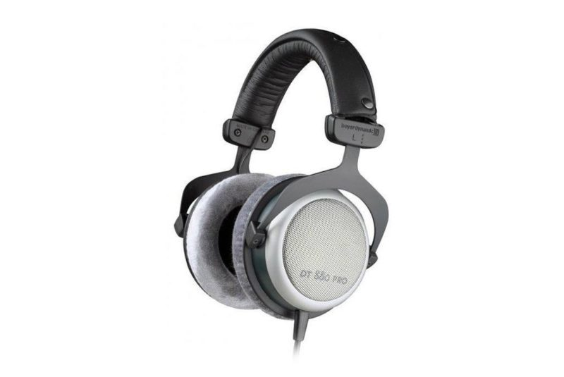 Open back headphones Beyerdynamic DT 880 PRO