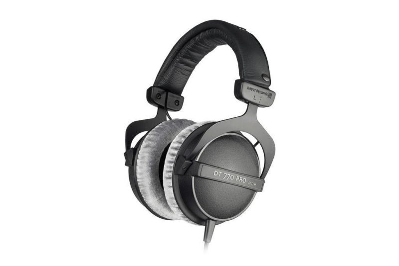 Beyerdynamic DT 770 PRO Closed back professional headphones