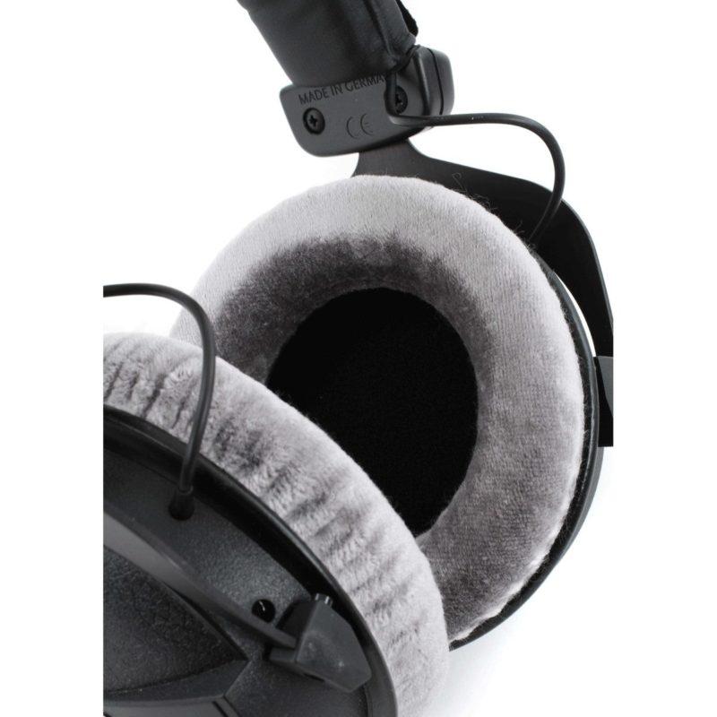 Beyerdynamic DT 770 PRO Auriculares de estudio cerrados.