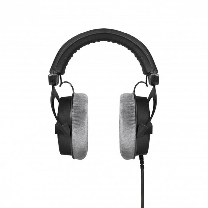 Beyerdynamic DT 990 PRO. Auriculares abiertos para profesionales del audio