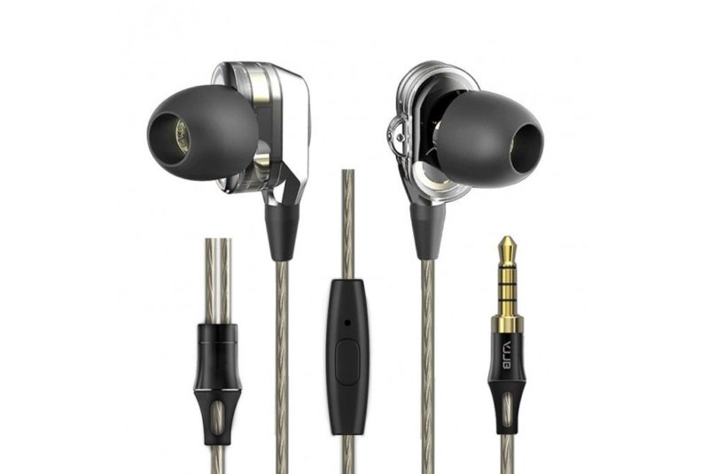 VJJB V1S Earphones in ear / IEM