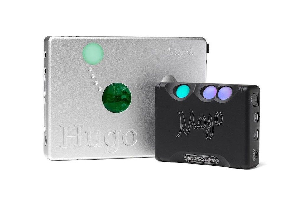 Chord Mojo. Headphones amplifier and DAC