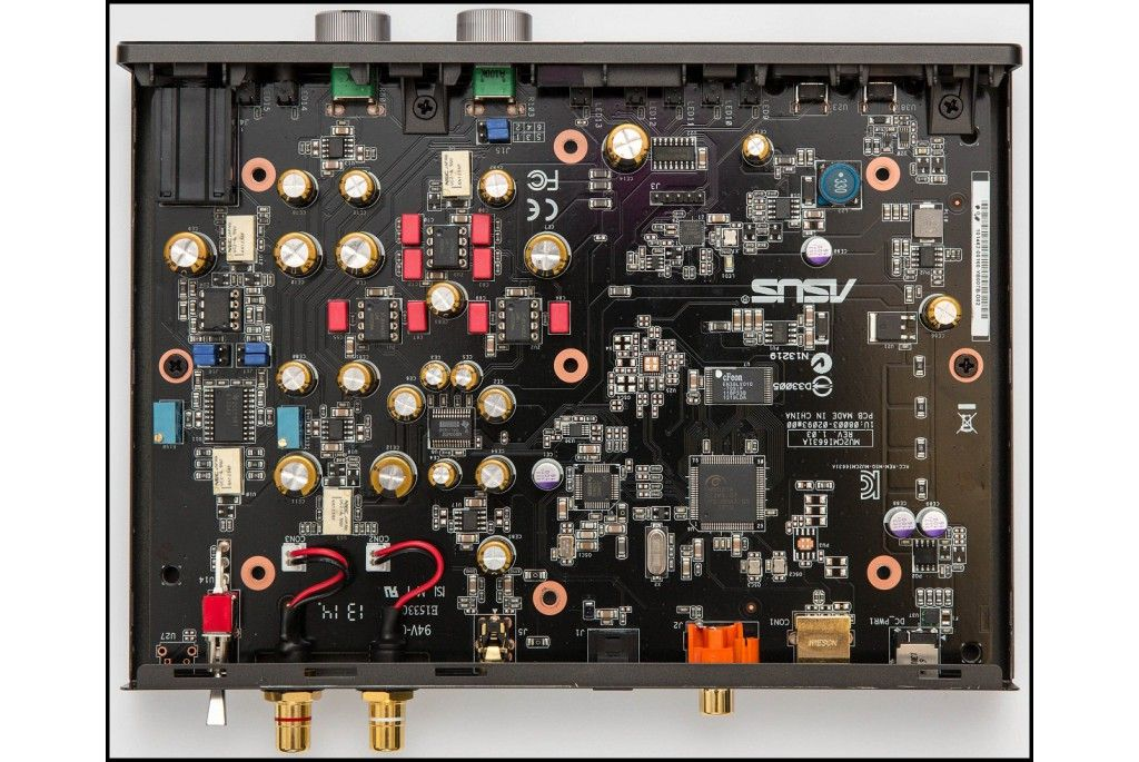 Asus Xonar Essence STU amplificador de auriculares y DAC