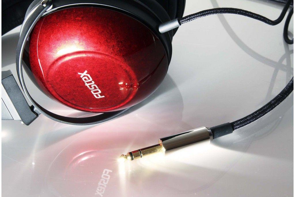 Fostex TH900. Auriculares estéreo dinámicos cerrados