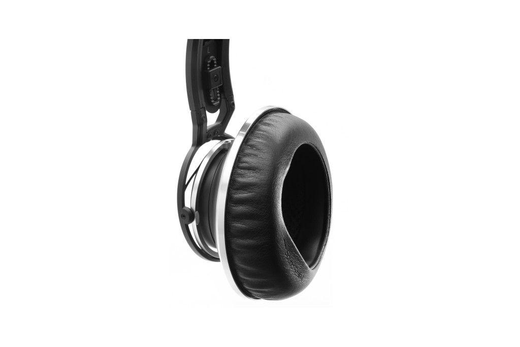 AKG K872 Auriculares circumaurales de diadema cerrados