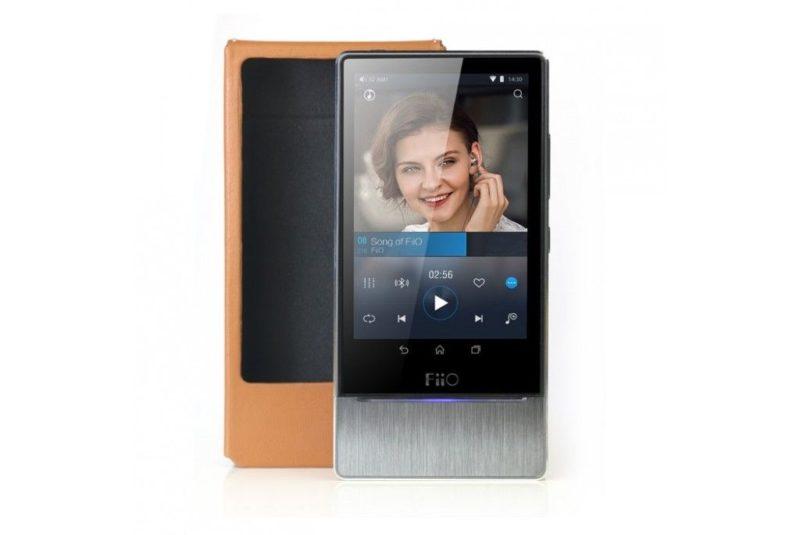 FiiO LC-X7B. Leather case for HiFi Audio Player FiiO X7