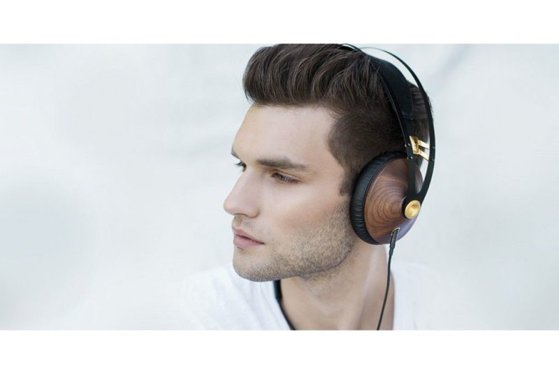Auriculares Meze 99 Classics cerrados para Android, iPhone, iPad y PC.