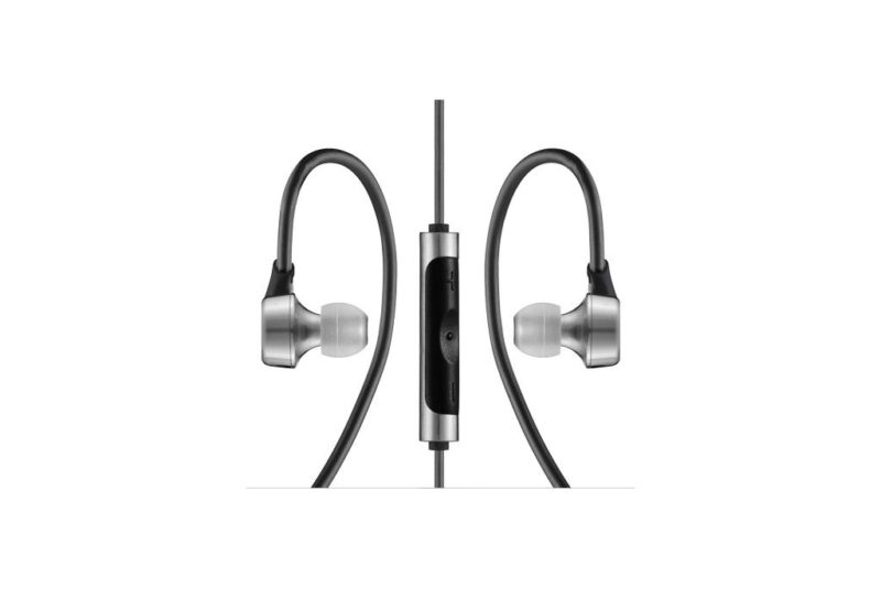 RHA MA750i. Premium, stainless steel in-ear headphone with remote control and microphone