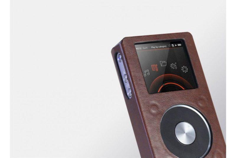 FiiO LC-FX5221. Leatherette case for audio player FiiO X5 II