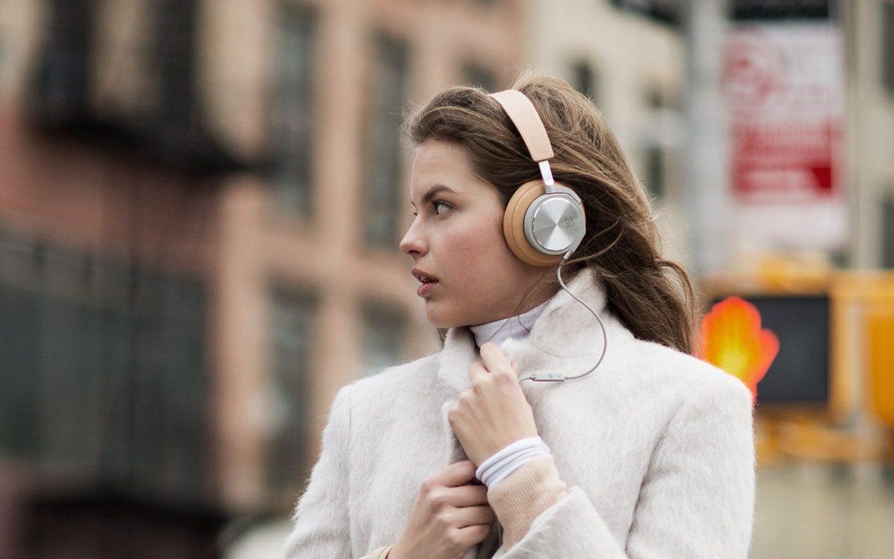 Tipos de auriculares según su forma y sonido.