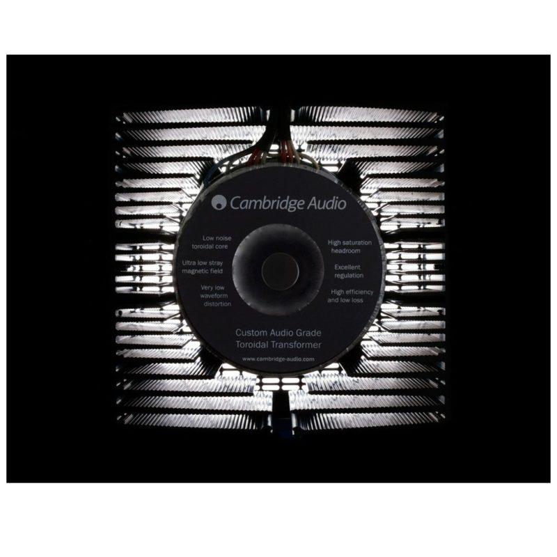 Cambridge Azur 851A Amplificador integrado Clase XD