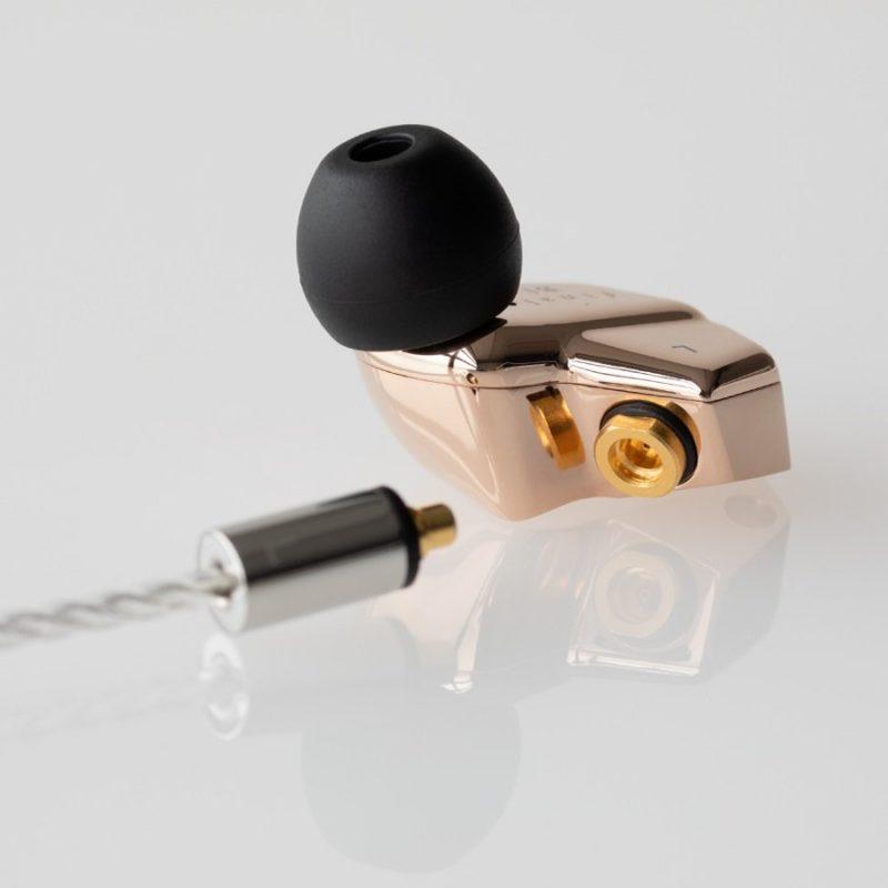 Final Audio B1 auriculares in ear MMCX