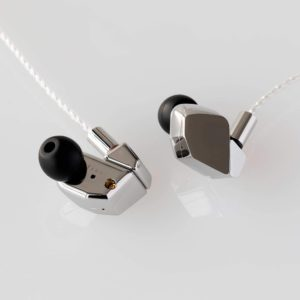 Final Audio Design A8000 Auriculares in-ear